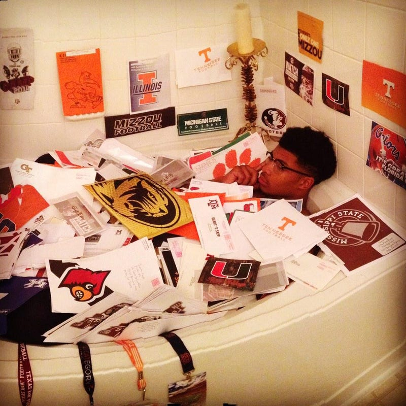 Illustration for article titled Four-Star Prospect Has Enough Recruiting Letters To Bathe In