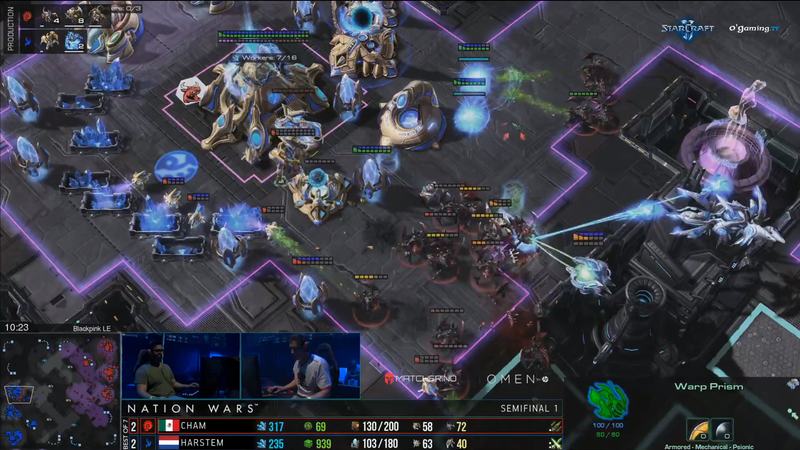 Illustration for article titled StarCraft Player Holds Out Against Overwhelming Zerg Swarm