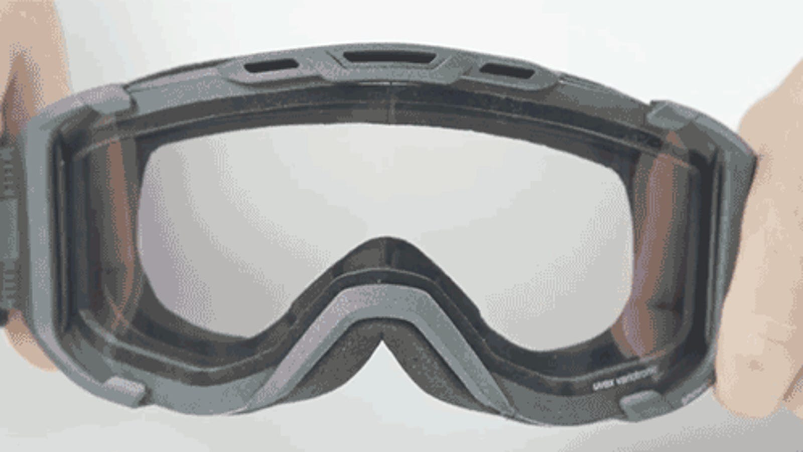 74f521d93 These Ski Goggles Change Color To Adapt To Conditions Around You