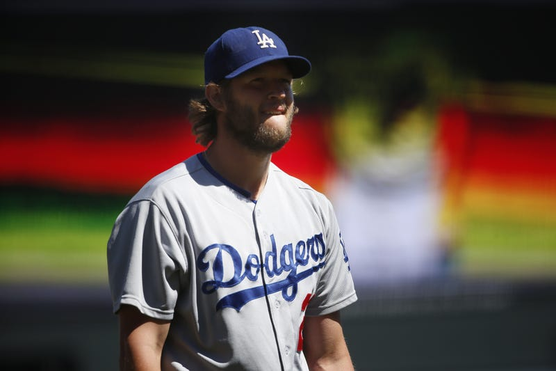 Illustration for article titled Clayton Kershaw Is A Goddamn Wizard