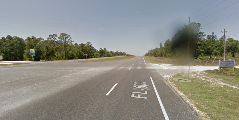 The intersection of US 27A and NE 140th Court in Williston, Florida, where the crash occurred