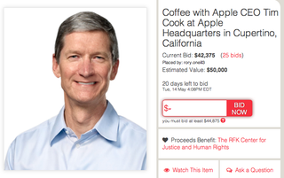 Illustration for article titled ¿Quieres tomar un café con Tim Cook? Te costará 50.000 dólares