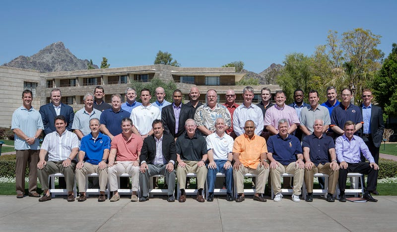 Illustration for article titled The 2013 NFL Head Coaches Posed For A Class Photo