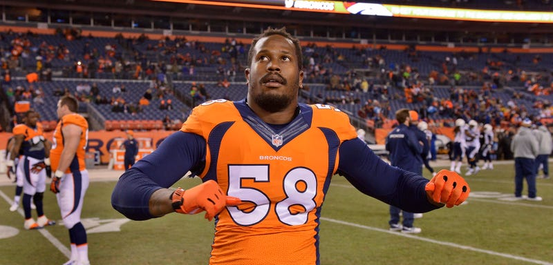 """Illustration for article titled Von Miller Says There's """"No Chance"""" He Plays Under Franchise Tag This Season"""