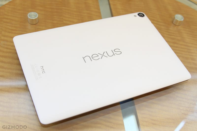 Illustration for article titled Nexus 9 Hands-On: Android's iPad Air Is a Looker, Not a Stunner