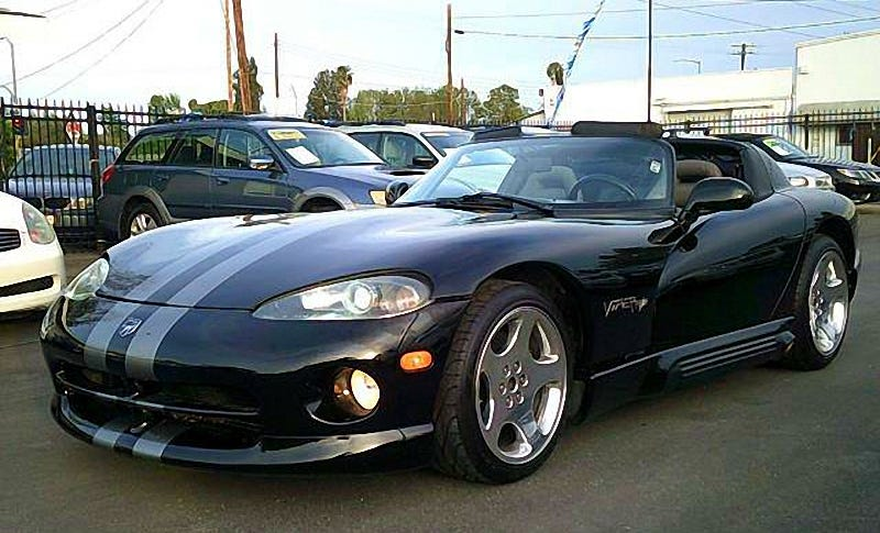 for 25 995 might it be time to buy this 1994 dodge viper rt 10. Black Bedroom Furniture Sets. Home Design Ideas