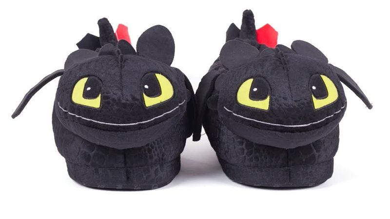 Illustration for article titled Win a pair of Toothless slippers courtesy of season 2 of Netflix's Dragons: Race To The Edge