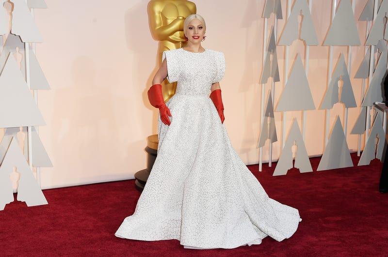 Lady Gaga wearing Alaïa at the 2015 Oscars. Image via Getty.