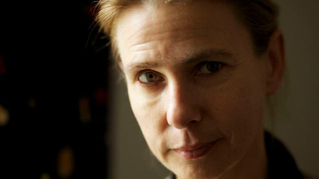 Novelist Lionel Shriver Wears Sombrero While Giving Speech About Cultural Appropriation