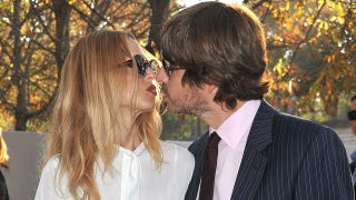 Illustration for article titled Rachel Zoe Prefers To Keep Her Distance While Kissing