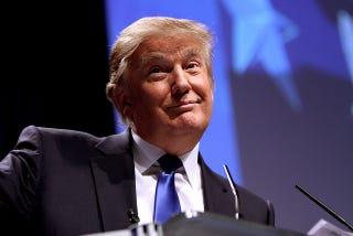 Illustration for article titled Kissé viseltes Donald Trump áron alul eladó