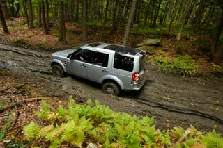 Illustration for article titled 2010 Land Rover LR4: Off-Road Photos