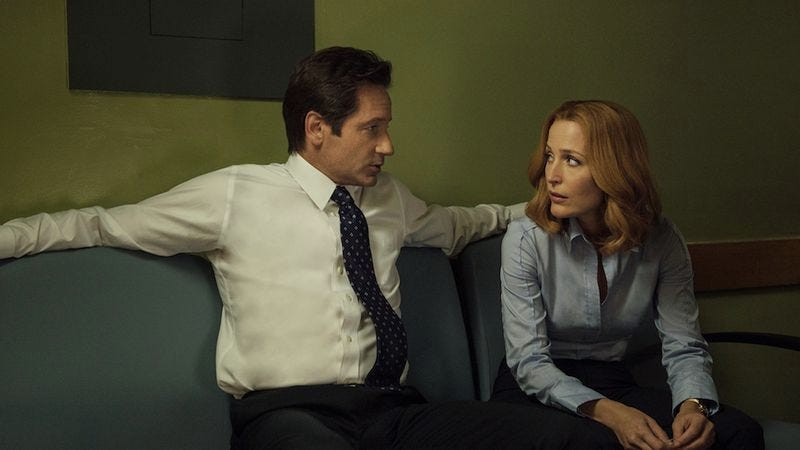 x files do mulder and scully ever hook up The x-files had become the longest-running consecutive science fiction series ever on us mulder, scully anderson do live up to the x-files.