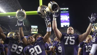 """Illustration for article titled Washington Sports Site Insists LSU Will """"Massacre"""" Huskies By Five Or Six Touchdowns"""