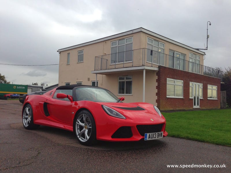 Illustration for article titled Lotus Exige S Roadster - Track Test Review