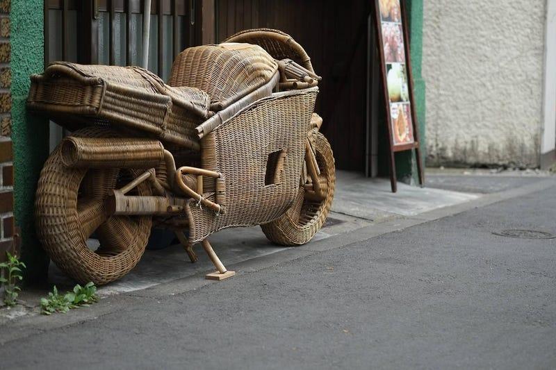 Illustration for article titled The owner must be a real basket case. (insert rimshot)