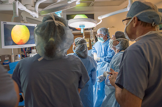 Doctors during the procedure. Photo by Cleveland Clinic