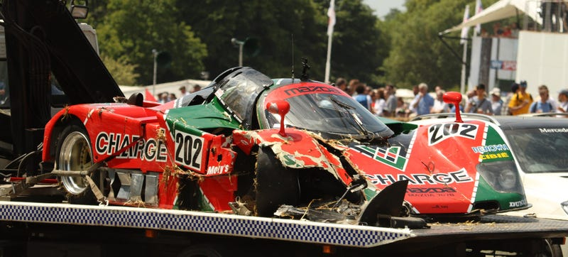 Illustration for article titled NOOOO! A Mazda 767B Race Car Bites The Dust At Goodwood