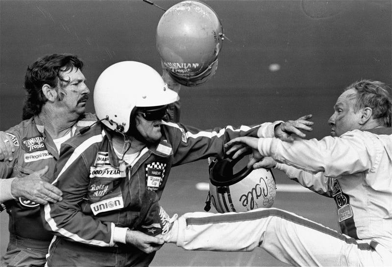 Illustration for article titled Do Safer Cars Make NASCAR Drivers Behave More Recklessly?
