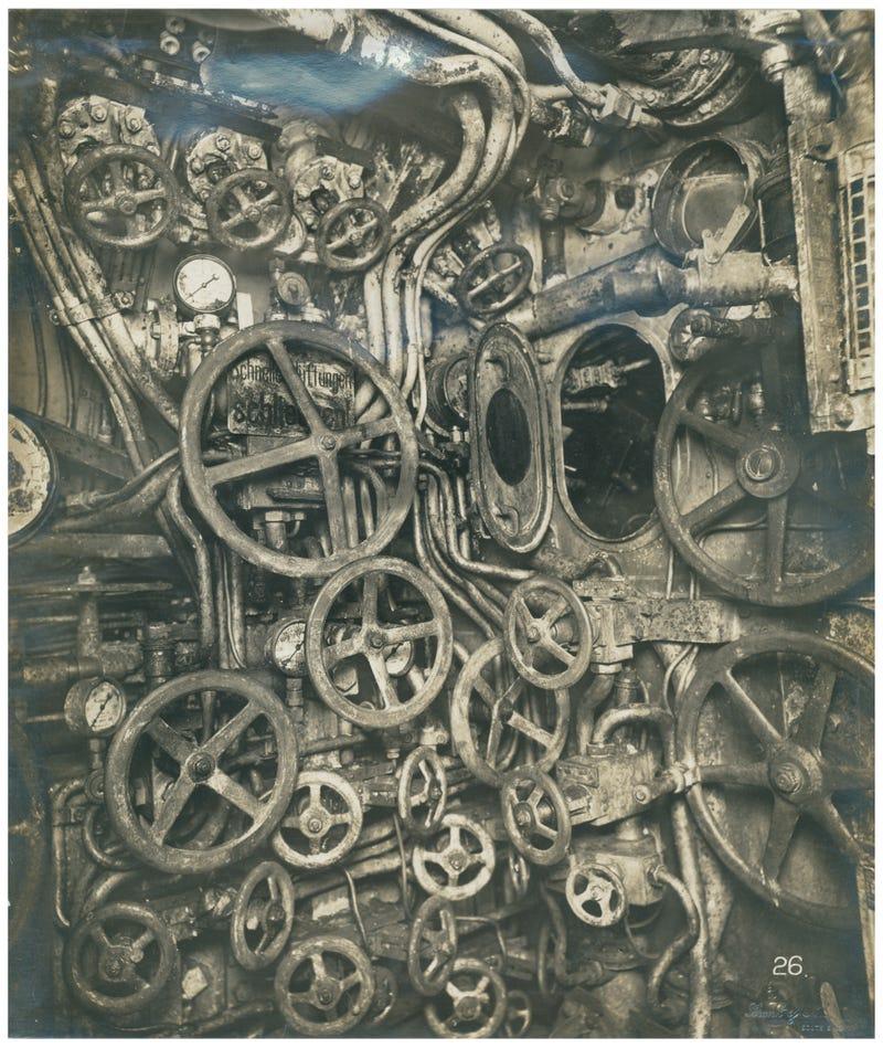 Illustration for article titled German UB110 control room (cockpit?)