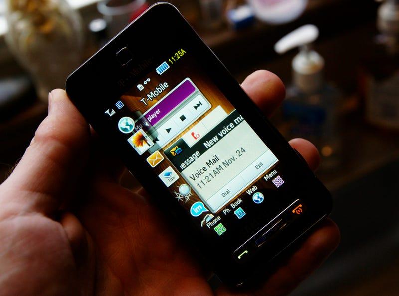 Illustration for article titled T-Mobile Samsung Behold Lightning Review