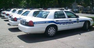 "Illustration for article titled Police Departments Offer ""Safe Lots"" For Craigslist Transactions"