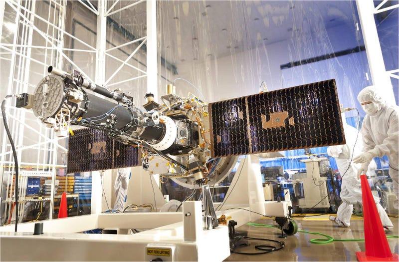Illustration for article titled IRIS, la nueva cápsula que estudiará el Sol, despega hacia el espacio