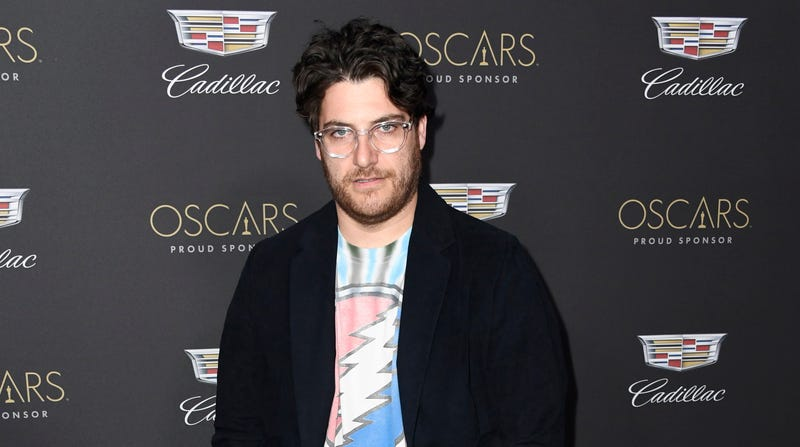 Illustration for article titled Adam Pally is coming back to primetime TV, assuming anyone can actually handle that