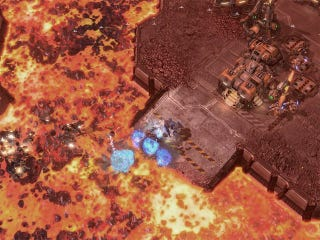 Illustration for article titled Blizzard Deploys StarCraft II's First Official Custom Map