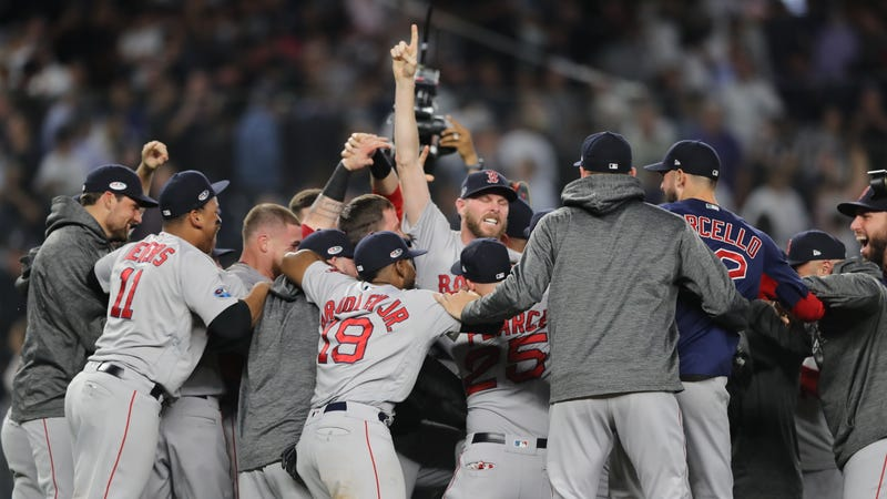 Illustration for article titled Red Sox Survive Near Ass-Shitting, Eliminate Yankees