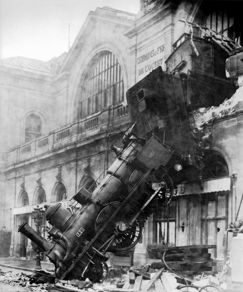 Illustration for article titled Trainwreck of an Op-Ed (TW: car crash gif)