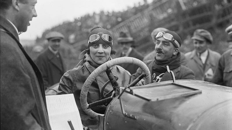 Illustration for article titled Italy's First Female Racer Was a Driving Advocate for All Women