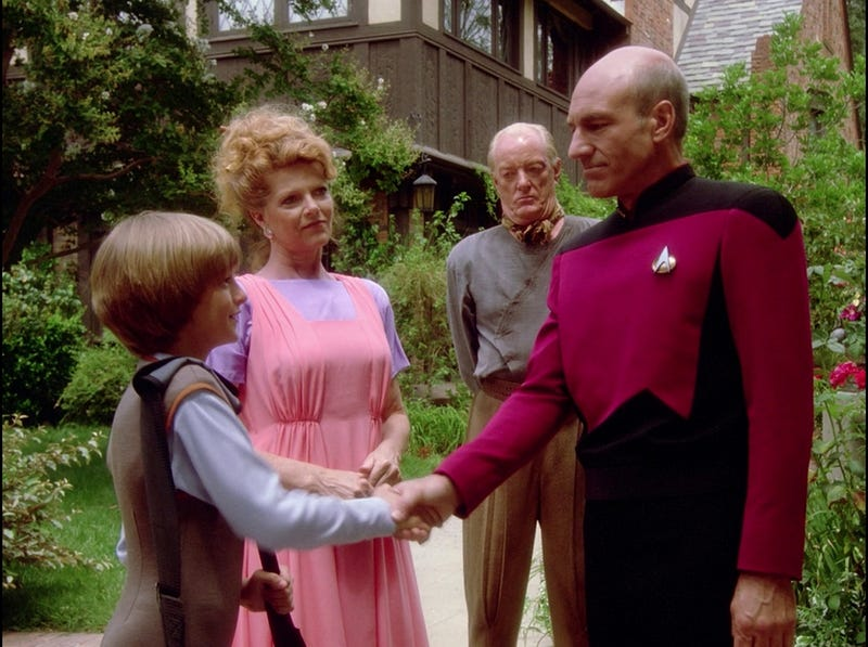 Illustration for article titled Grumpy Picard doesn't approve of your handshaking!