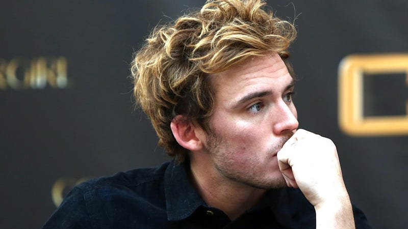 Illustration for article titled Even Finnick Doesn't Think He's Attractive Enough to Be Finnick
