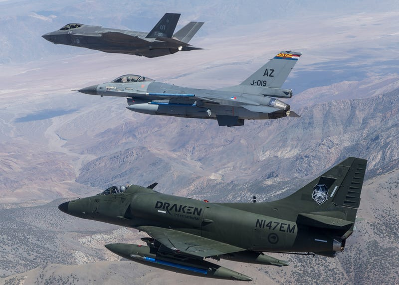 Illustration for article titled Historic Photo Shows 3rd, 4th and 5th Generation Combat Jets In Formation