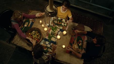 Review Sandra Bullocks Bird Box Movie Makes Little Sense