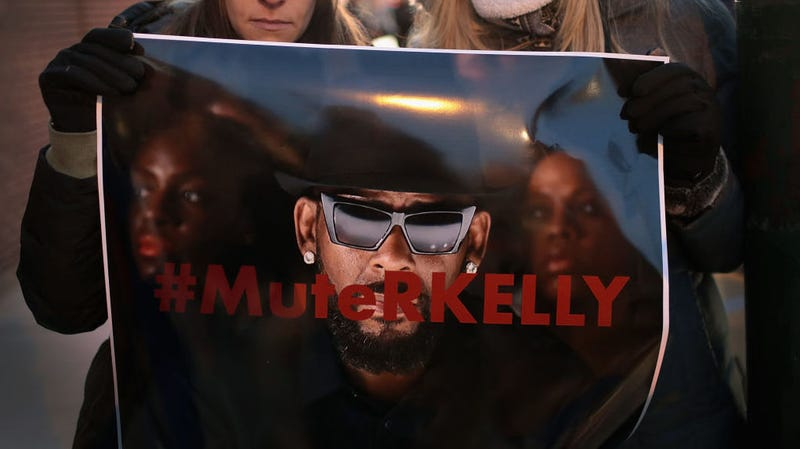 Illustration for article titled R. Kelly Is the Subject of Criminal Investigations Across Three States [Updated]