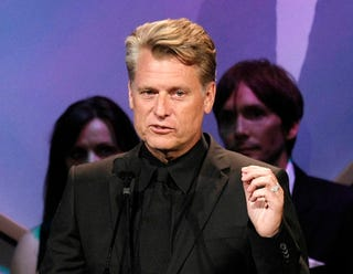 Illustration for article titled Dirt Bag: Joe Simpson Is Totally Definitely Not Gay, Says Some Random Guy