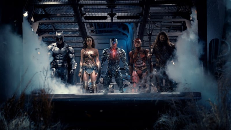 Illustration for article titled Justice League Photo Finally Unites the Team