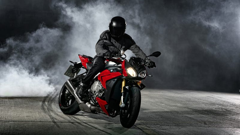 Illustration for article titled The BMW S 1000 R – New High-Performance Roadster Based On The S 1000 RR