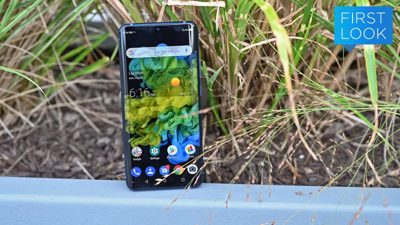 The Axon 10 Is ZTE's Big Return to the US