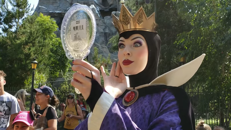 Illustration for article titled Give Disneyland's Evil Queen a raise