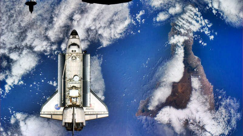 Illustration for article titled One of the Most Beautiful Images of the Space Shuttle