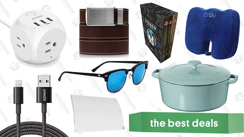 Illustration for article titled Wednesday's Best Deals: HDTV Antenna, Lightning Cables, Ratchet Belts, and More