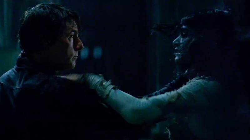 Tom Cruise & Russell Crowe star in new featurette for The Mummy