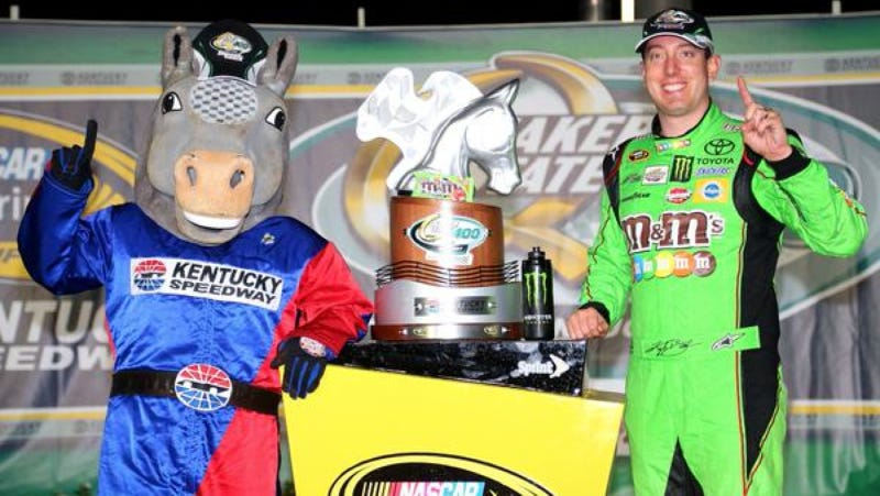 Illustration for article titled Mr. Horse Returns As NASCAR Mascot, Approves Of Kyle Busch