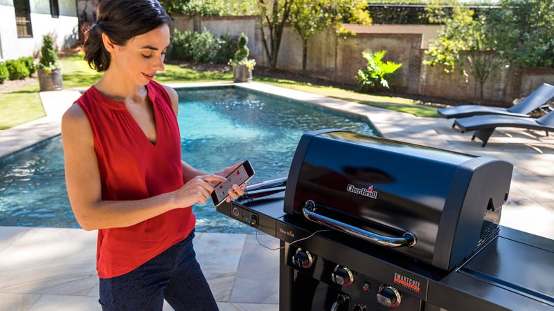 Illustration for article titled Your Smartphone Becomes the Grillmaster With This New Wi-fi BBQ