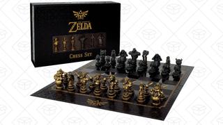 Ajedrez de la Leyenda de Zelda | $44 | Amazon