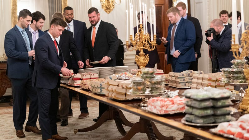 Illustration for article titled Hamberder Helper: Nation showers Clemson Tigers with offers of make-up meals