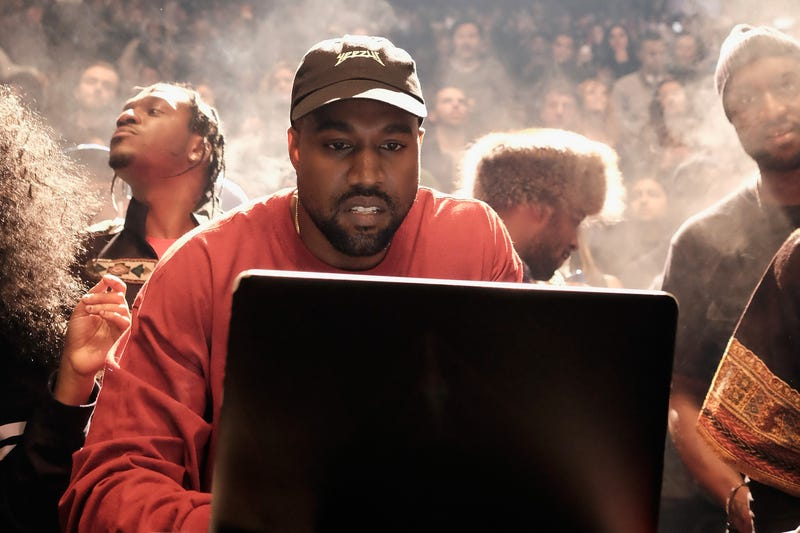 Illustration for article titled Kanye Is 'Free Thought'-ing Again, Posts Text Messages From John Legend